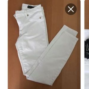 BLANk  NYC white Jeans